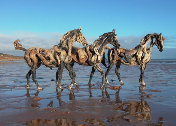heather_jansch_driftwood_sculpture2
