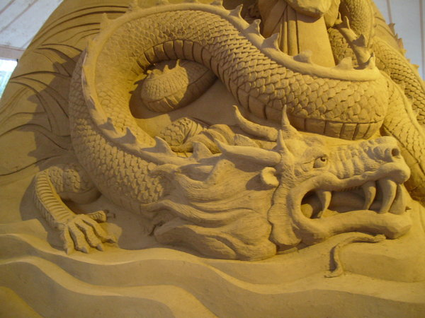 sand_sculpture_8_by_hoppiej
