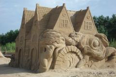 gdansk_sculptures_made_of_sand